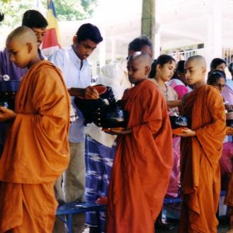 bhikkhu04